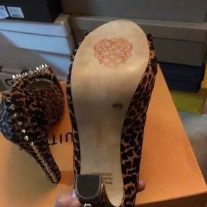 Vince Camino studded heels